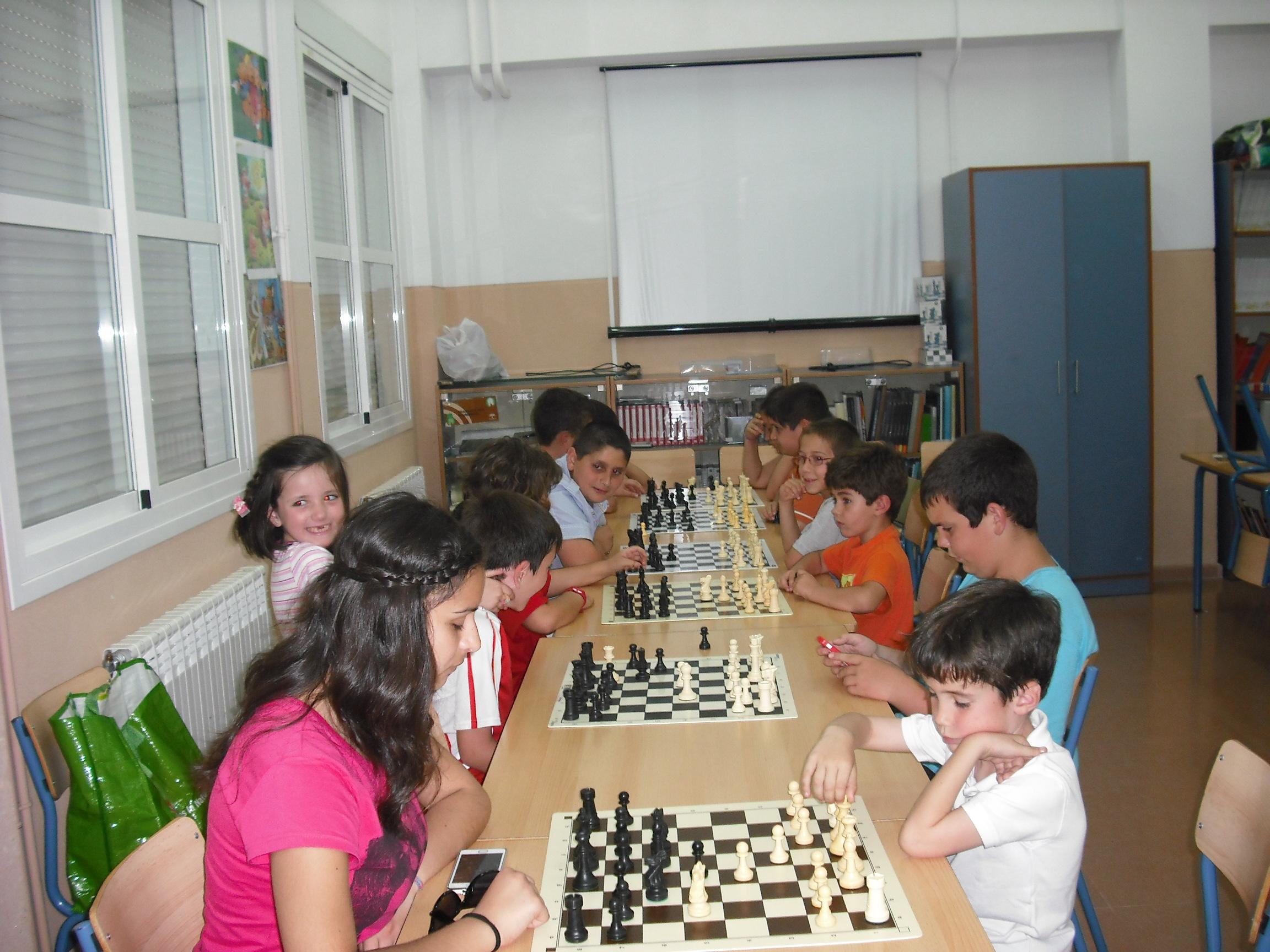 Clasificación Torneo Ajedrez Clausura Escuela Puente Genil 2014